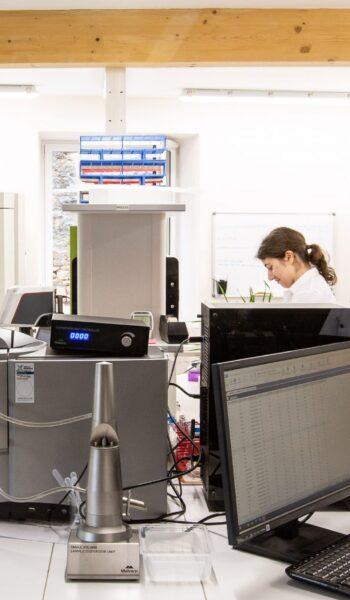 Elicit Plant inaugure son laboratoire de recherche où il développe une technologie de rupture dans la gestion du stress hydrique.